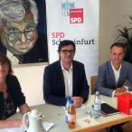 Ralf Hofmann (Mitte), Vorsitzender der SPD-Fraktion im Schweinfurter Stadtrat; MdL Kathi Petersen und Stephan Kuserau, stellv. Fraktionsvorsitzender